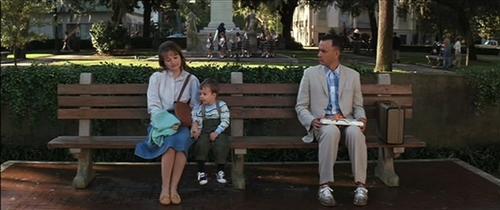 форрест гам где скамейка, скамейка фореста гампа, скамейка форест гамп съемки, лавочка форреста гампа, форрест гамп сидит на скамейке. форрест гамп мем, форрест гамп сидит на лавочке