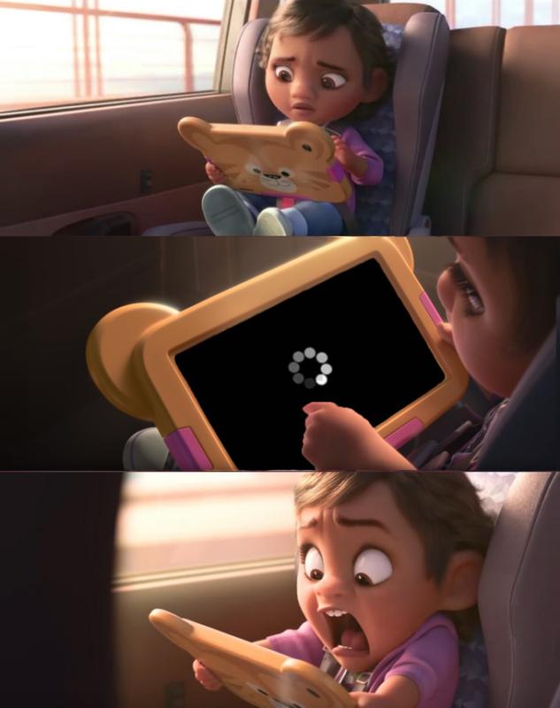 девочка с айпадом кричит
