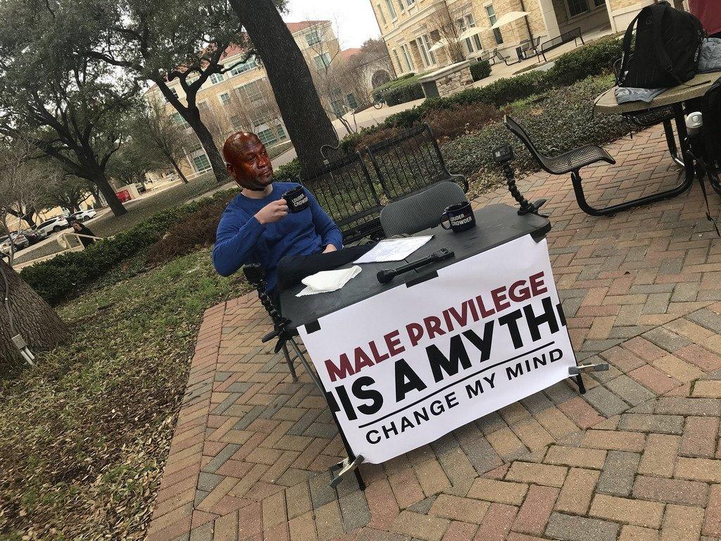 переубеди меня мем
