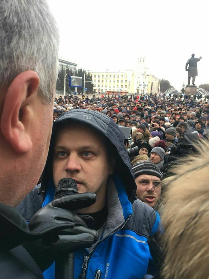 Как Игорь Востриков стал героем после пожара в Кемерово и неожиданно превратился в защитника властей
