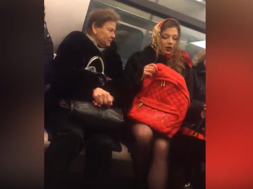 богиня в метро москва