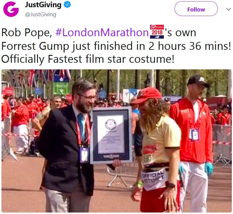 Парень в костюме Форреста Гампа установил рекорд