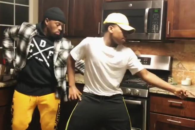 Nintendo Wii танец