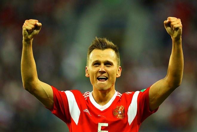 «Ты просто космос, Стас»: как страна празднует выход сборной России по футболу в плей-офф чемпионата мира