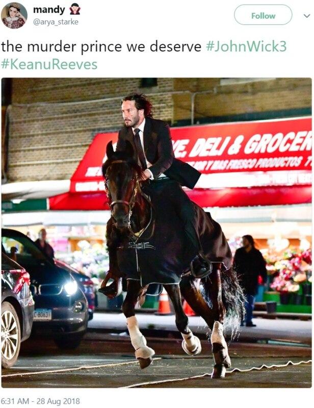 Киану на коне