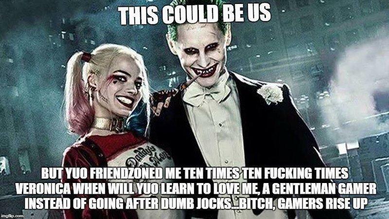 """Фразу-мем """"We Live In a Society"""" просят добавить в """"Джокер"""""""