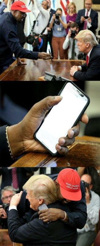 Канье Уэст показывает телефон Трампу