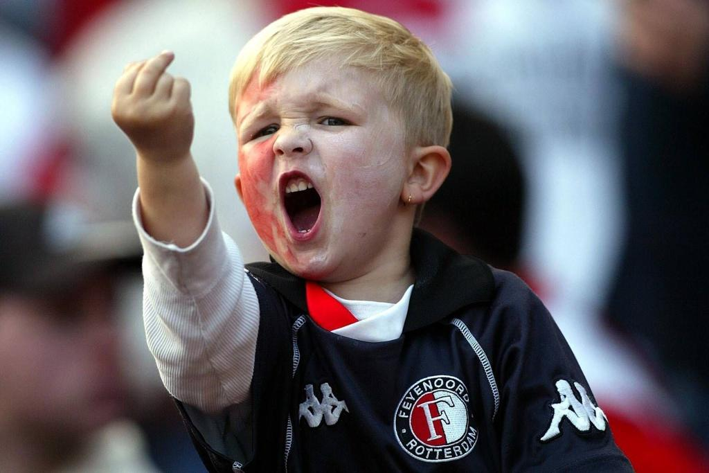 Mikey Wilson middle finger