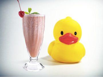 Резиновая Milkshake Duck