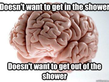 Не желает идти в душ - Не желает выходить из душа
