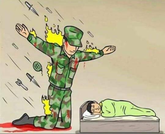 Мем где солдат защищает ребенка