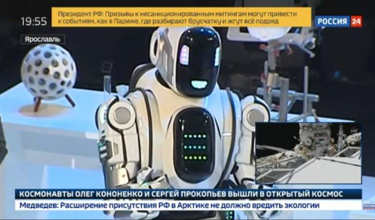 «Россия 24» выдала человека в костюме за робота Бориса. Канал назвал возмущение в сети «шумом из ничего»