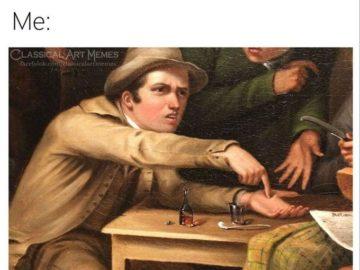 Мужчина тычет себе в ладонь