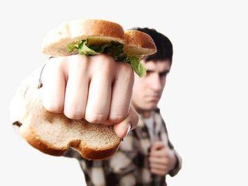 бутерброд с кулаком