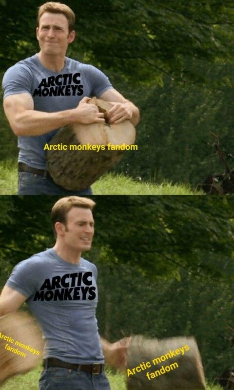 Мем - капитан Америка разрывает пень руками