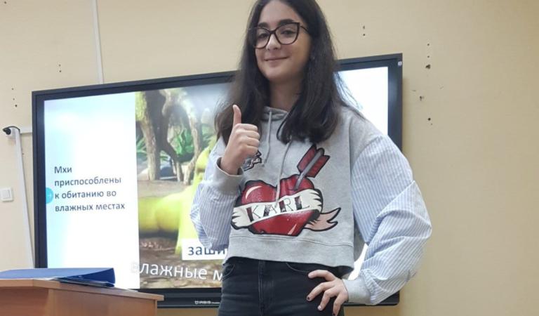 Российская школьница сделала презентацию по биологии с помощью мемов