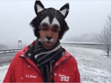 журналист включил виртуальную маску