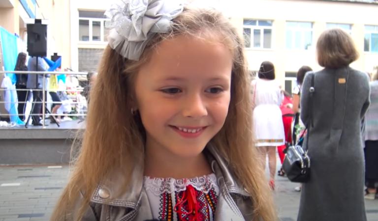"""""""В школу, на работу. А потом умрем"""". Украинская школьница познала суть жизни"""