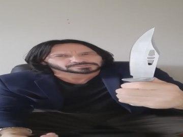 резня мем с киану ривзом и ножом